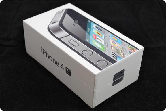 Apple iPhone 4S коробка, что внутри