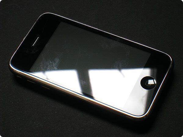 Обзор iPhone 3G: технические характеристики и дизайн