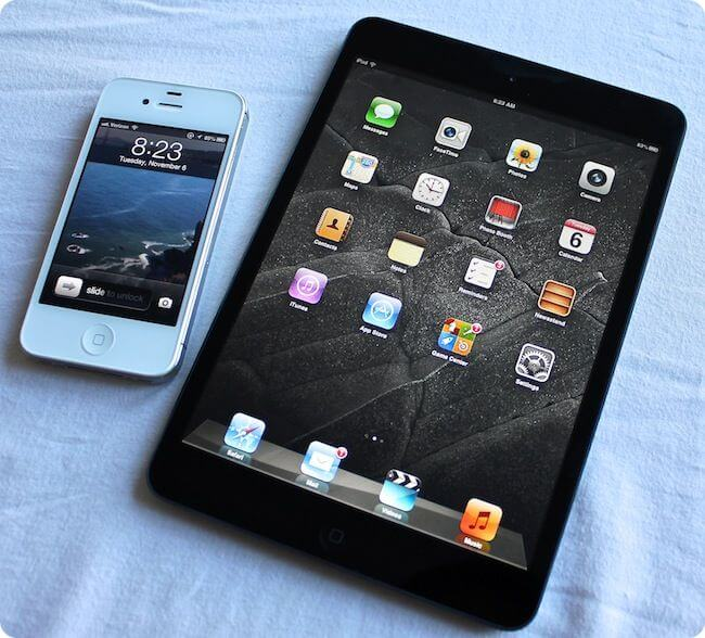 Мини планшет Apple iPad Mini и iPhone