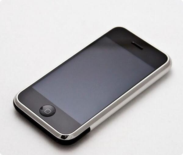 Обзор iPhone первого поколения