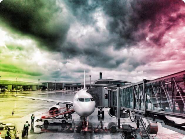 Аэропорт в ожидании грозы