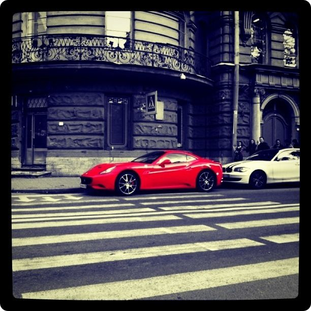 iPhoneography Ferrari на улице