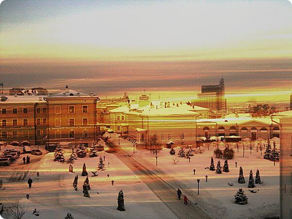 Зима возвращается в город - Айфонография города